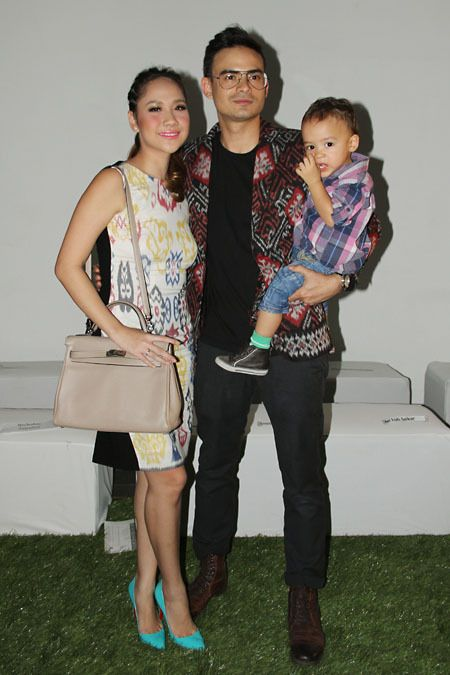 Indonesian #celebrity Bunga Citra Lestari with husband and baby  http://livestream.com/livestreamasia