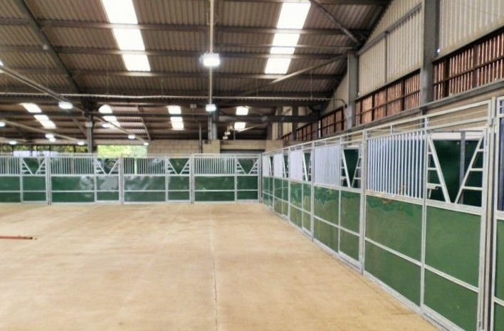 Inside a hyppic temporary #stables