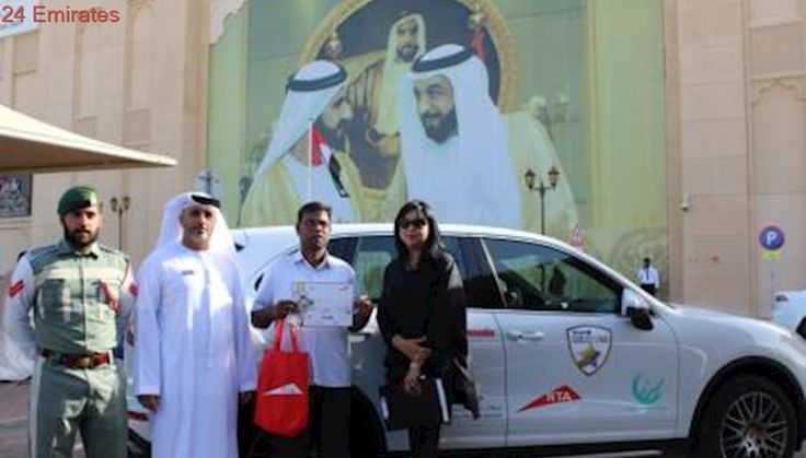 Safe road users win Dh1,000 cash prize