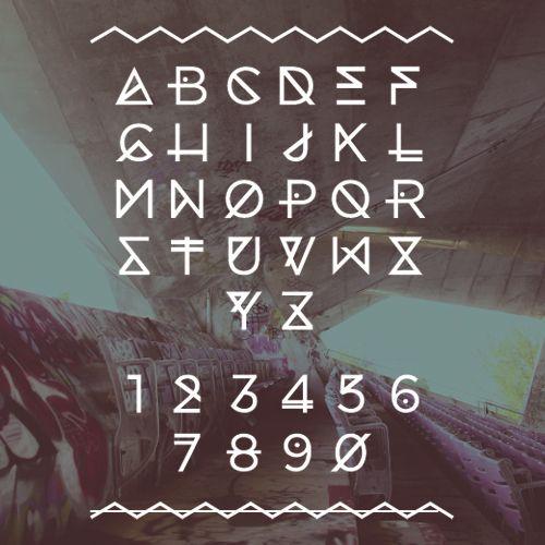 MARINA - New @ Ten Dollar Font