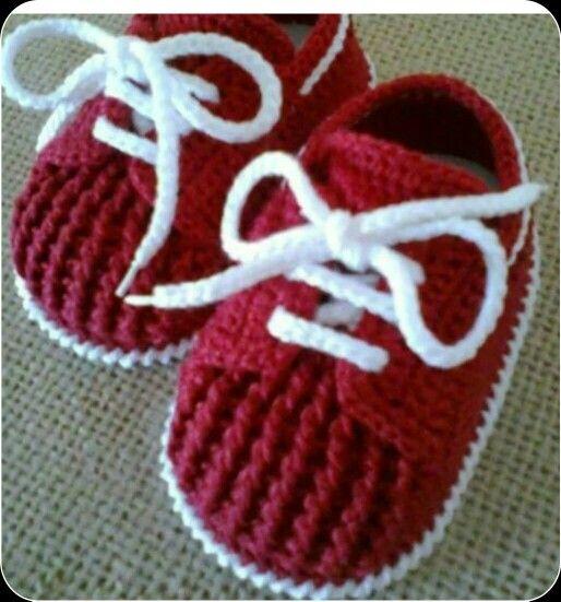 Crochet bordo patik
