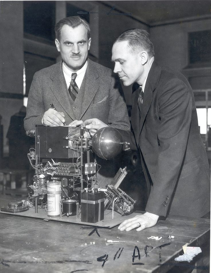 Arthur Compton in lab, circa 1930s. Compton was awarded the Nobel Prize in Physics in 1927, and conducted pioneering research on cosmic rays.