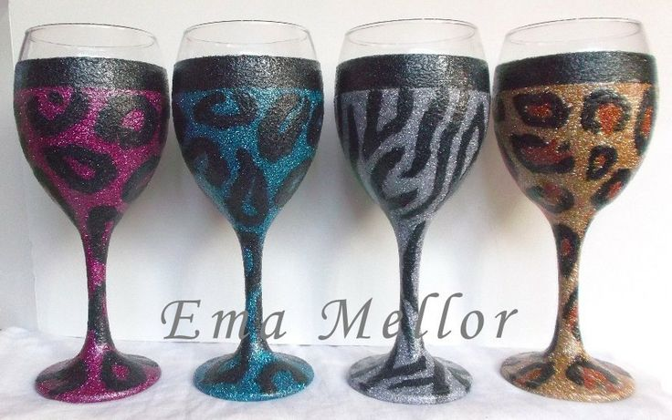 Animal Print Glitter Glasses, Zebra, leopard. ★ THESE CAN BE COATED WITH 'FOOD SAFE' VARNISH & GLITTERED TO THE TOP IF REQUIRED ★ 340 ml glass: £10 Each.,3 or more £9 each.  More info and glasses here: https://www.facebook.com/GeekCreatureCreations