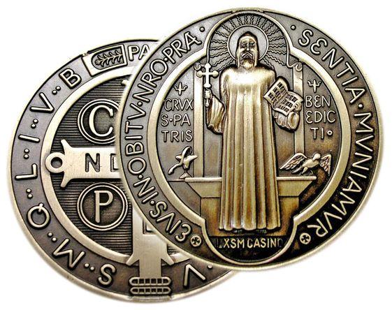 Medalha Exorcística de São Bento