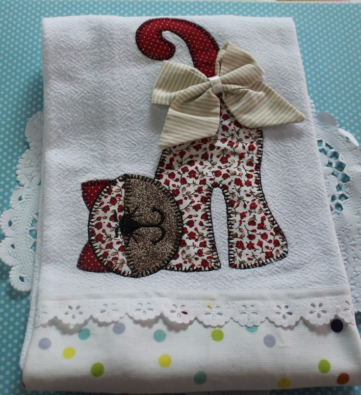 Resultado de imagem para riscos de flores para bordar toalha patchwork tamanho normal