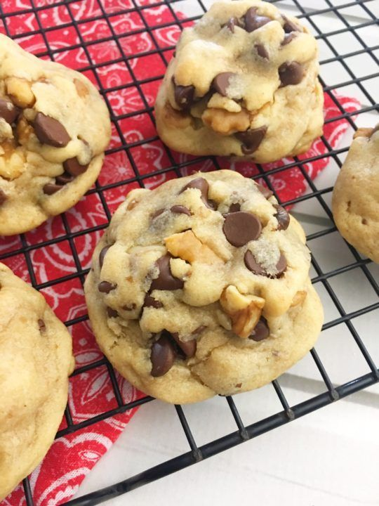 Perfectly Soft Toll House Chocolate Chip Cookies!
