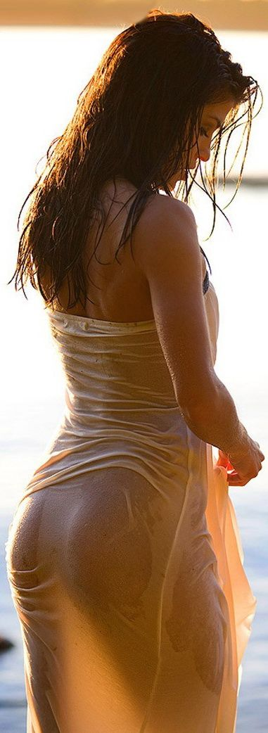 Marie Avgeropoulos Desnuda Tits And Ass Videos