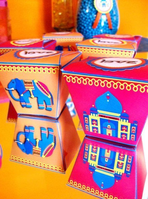 Bollywood Indina Elephant birthday party ideas with lots of DIY decorations, party printables, sweet party food and favors!   #bollywoodparty #bollywoodbirthday #indianparty #indianpartyideas #orientalbirthdayparty