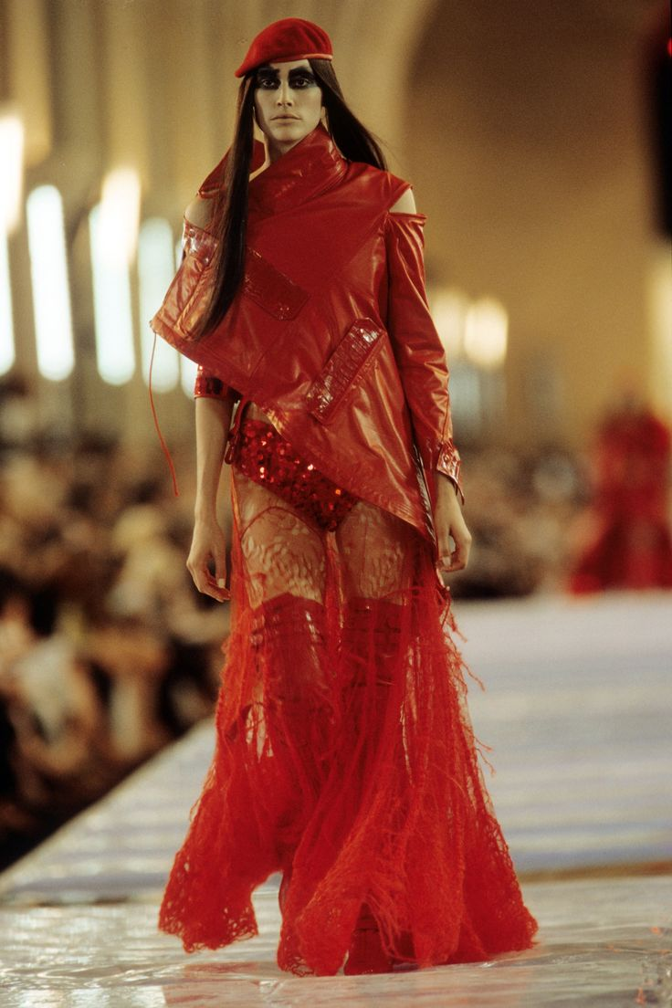 55 best images about dior hc f w 1999 on pinterest coats for What s a couture pop