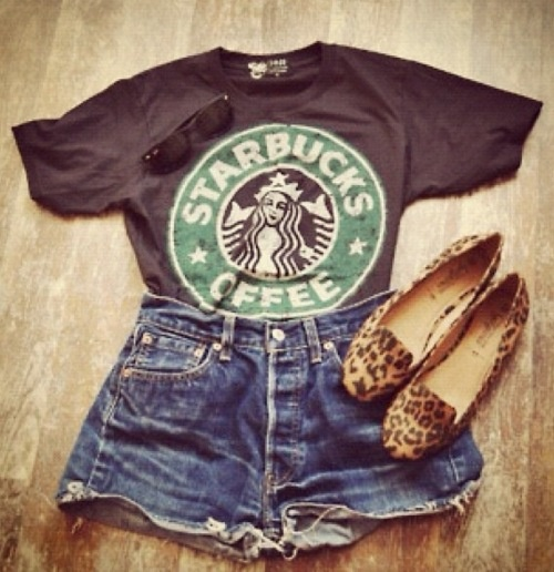 casual: Shoes, Outfits, Fashion, Starbucks Shirts, Style, Graphics Tees, Clothing, Leopards Prints, High Waist Shorts
