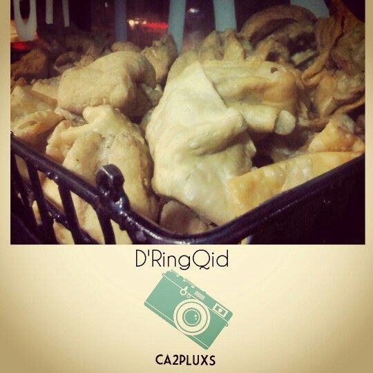 D'RingQid -Ca2pluxs- Batagor  #batagor #batagorbandung #cullinary #bandungfoto #bandungbanget #bandungcity #kotabandung #kotakembangbandung #kotakembang #kelezatan #jalanjalan #jalanjalanbandung #maknyus #indonesia #indonesiacullinary #ulinbandung #instagram #instasunda