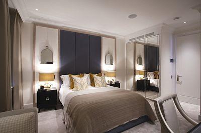 Jedna z ložnic bytu