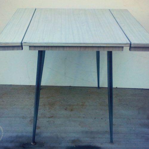 arborite dropleaf table