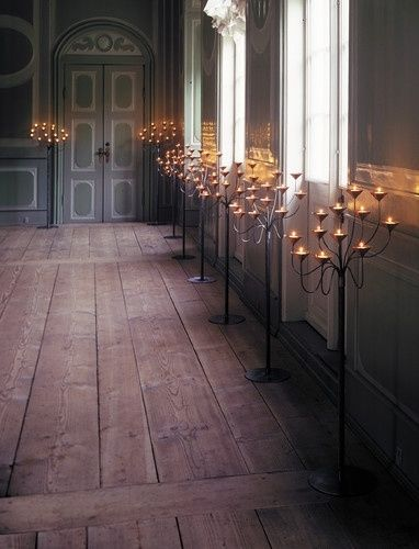 wow, candelabra that are actually attractive it seems that floor abras are falling out of favor.  wondering if that is simply because there isn't anything new and up to date to offer...