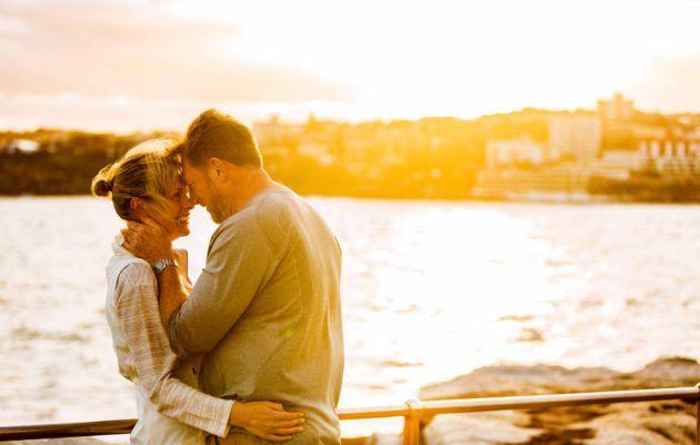 Annan lukijat kertovat, mistä aineksista syntyy onnellinen avioliitto ja mitkä asiat voivat johtaa eroon. Lue myös vinkit kipinän ylläpitämiseen suhteessa.