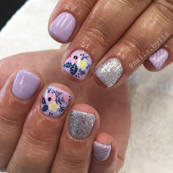 "407 Likes, 15 Comments - Liz Henson (@nails.byliz) on Instagram: ""These fun florals again, but this time with purple  . . . . #nails #gelnails #nailstagram…"""