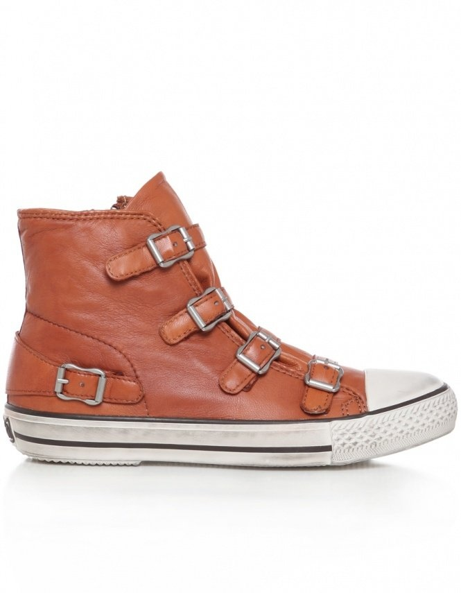 just bought em! yay!  Camel Virgin Leather Buckle Ash Trainers