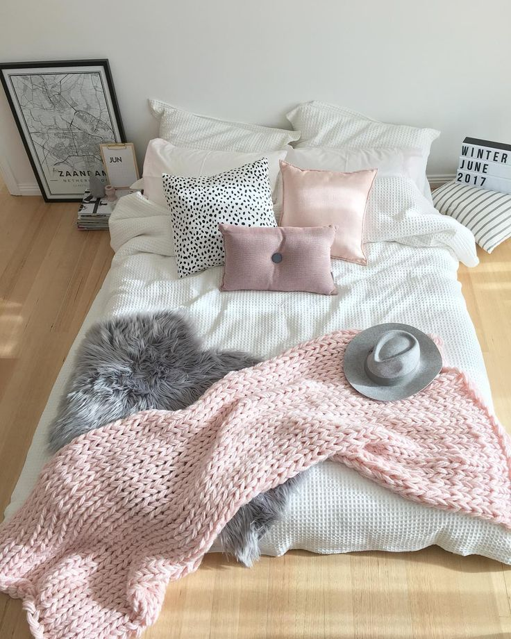 @stylingbytiffany on Instagram: scandinavian bedroom, pink white and grey, felt hat, mapiful