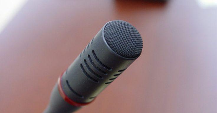 Las desventajas de un programa de reconocimiento de voz. El programa de reconocimiento de voz se ha convertido en un método popular para introducir texto en un ordenador. Para quienes tipear es un desafío o tienen una discapacidad física, poder darle comandos al ordenador o enviar un correo electrónico sin tener que presionar una tecla puede hacer que la computadora sea muy disfrutable para usar. Sin ...