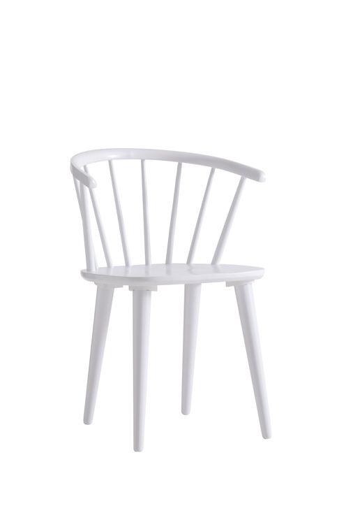 Karmstol av massivt gummiträ. Höjd 76 cm. Bredd 54 cm. Djup 51 cm. Sitthöjd 45 cm. Sittdjup 40 cm. Lev. omonterad. <br><br>