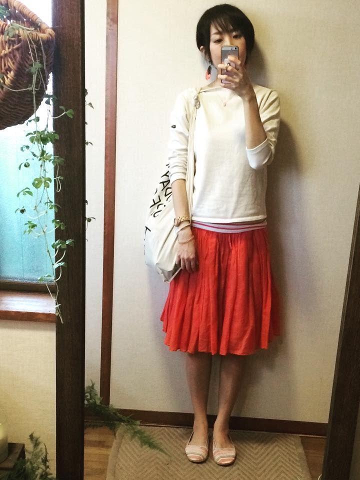 5月10日 niko andのふんわりピンクスカートのガーリー休日コーデ