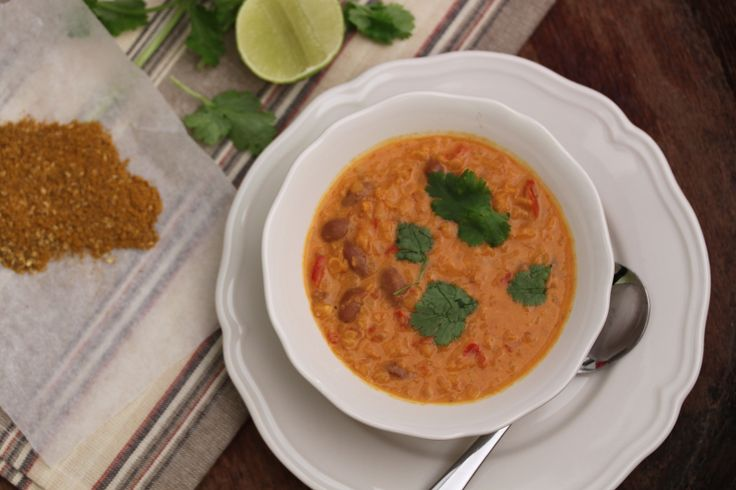 Curried red lentil soup - Tenina