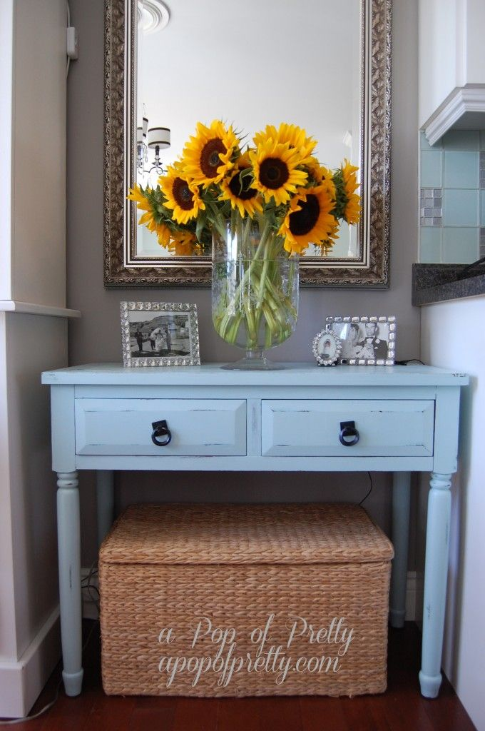 A Pop of Pretty: Canadian Decorating Blog - http://apopofpretty.com/decorating-with-sunflowers/
