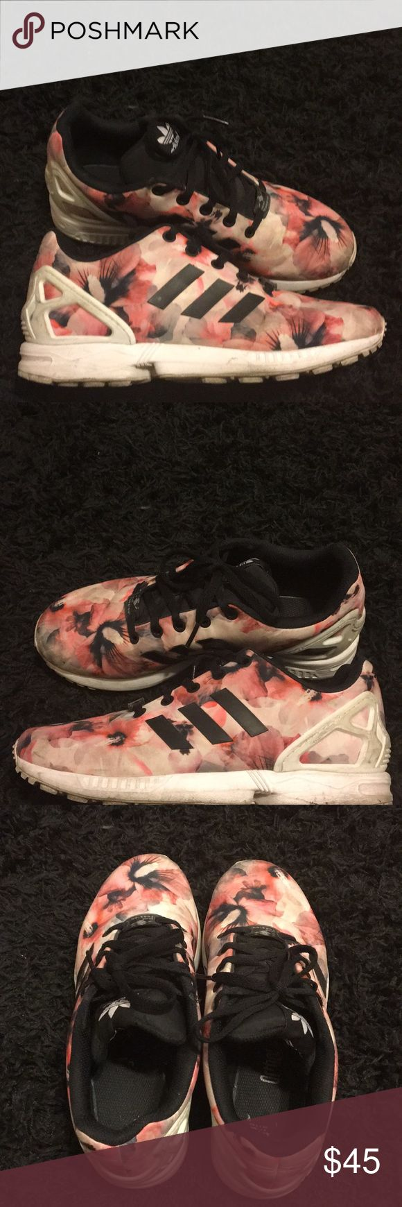Womans Adidas ZX Flux ( USED) SNEAKERS LOOK NEW. BOTTOM OF SHOE IS A LITTLE DIRTY. COMES WITH BLUE ORIGINAL ADIDAS BOX. SIZE 6 IN WOMANS adidas Shoes Athletic Shoes