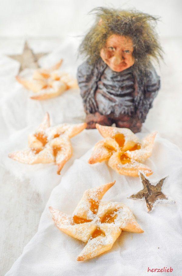 Joulutarttu sind Weihnachtskekse aus Finnland. Gefüllt mit Aprikosenmarmelade