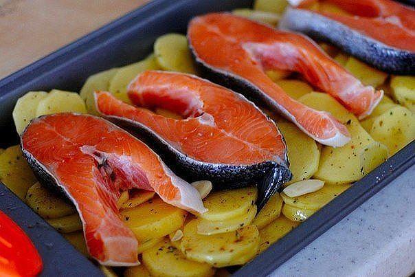 Готовим вкусно с Три И ночкой! 25 рецептов из красной рыбы:. Обсуждение на LiveInternet - Российский Сервис Онлайн-Дневников