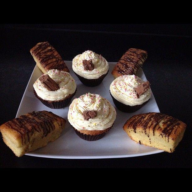 Mini Jaffa drizzle loaves