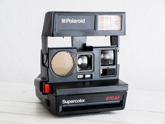Polaroid 670 AF Supercolor - MINT CONDITION functional analog vintage Instant Polaroid (Impossible Project film 600 series) + neckstrap!