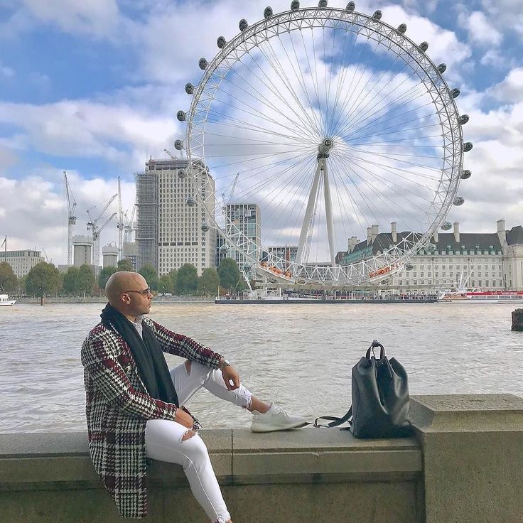 There are two places in the world where men can most effectively disappear  the city of London and the South Seas. (Photo via @jmgtorres ) #TopSpotButlers #londoneye #londonlife #londoner #londonist #westminster