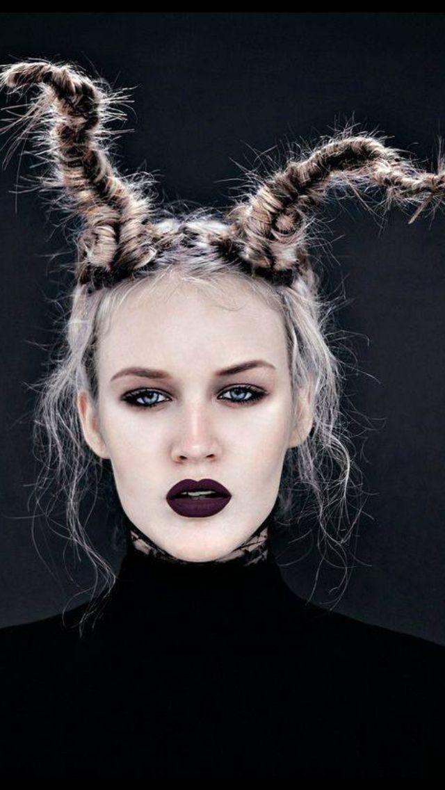 Pin Von Susanafrankel1 Auf Fantasy Hair Fantasiefrisur Haarkunst Haar Design