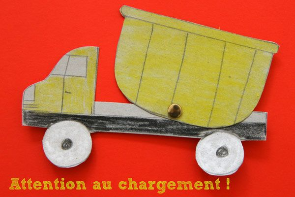 DIY : Camion benne articulé - http://www.cabaneaidees.com/2014/06/diy-camion-benne/