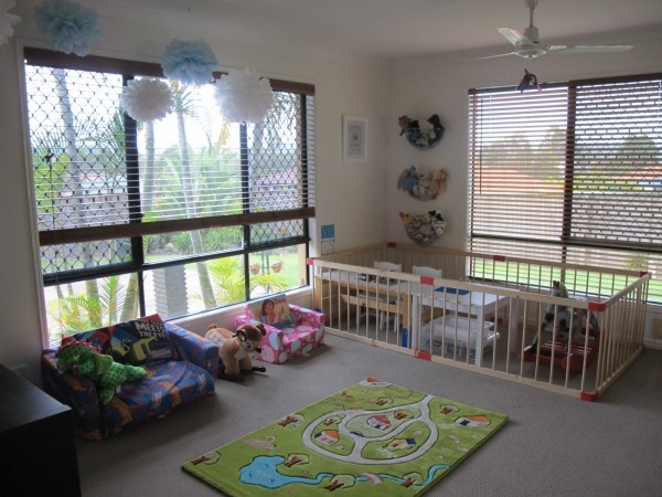 Love the layout of this playroom
