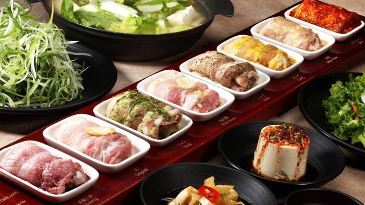 Korean BBQ singapore EIGHT BBQ restaurant singapore | American concept Korean BBQ, Eight Korean BBQ is famed for their 8 Colours set ($98), 8 different flavoured kurobuta pork bellies in flavours like curry, miso. feeds about 4 people which includes free banchan. Cozy and pretty accessible at Clark Quay. | 8 Eight Korean BBQ: 6 Eu Tong Sen Street, The Central, #02-79/90, Singapore 059817 | Website Operating hours: 11.30am to 2.30pm, 5.30pm to 10.30pm (Mon to Fri), 11.30am to 10.30pm…
