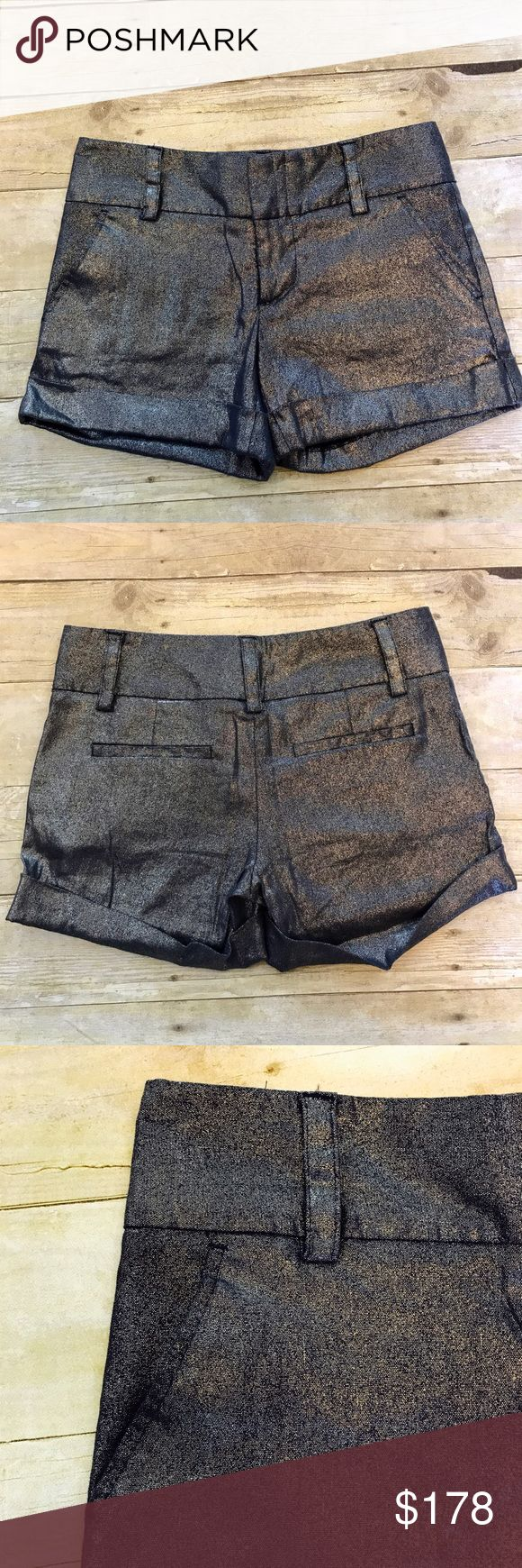 😍Alice + Olivia fabulous cady metallic shorts Alice + Olivia cady cuff metallic linen shorts. Hook/bar close. Belt loops, 2 front pockets 2 back welt pockets. Alice + Olivia Shorts