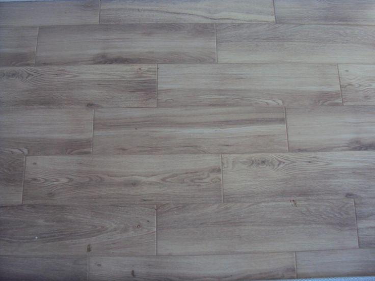 płytki drewnopodobne  Campani Legno Natural  bardzo fajnie wyglądają dobre do układania jesteśmy bardzo zadowoleni fuga sopro 58 umbra