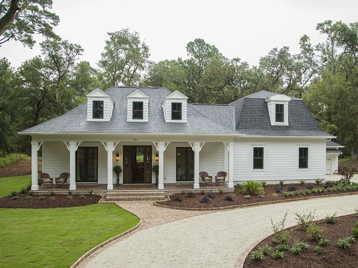 Pin By Michael Crowl On Craftsman Ranch House Plans Southern Living House Plans Farmhouse Style House