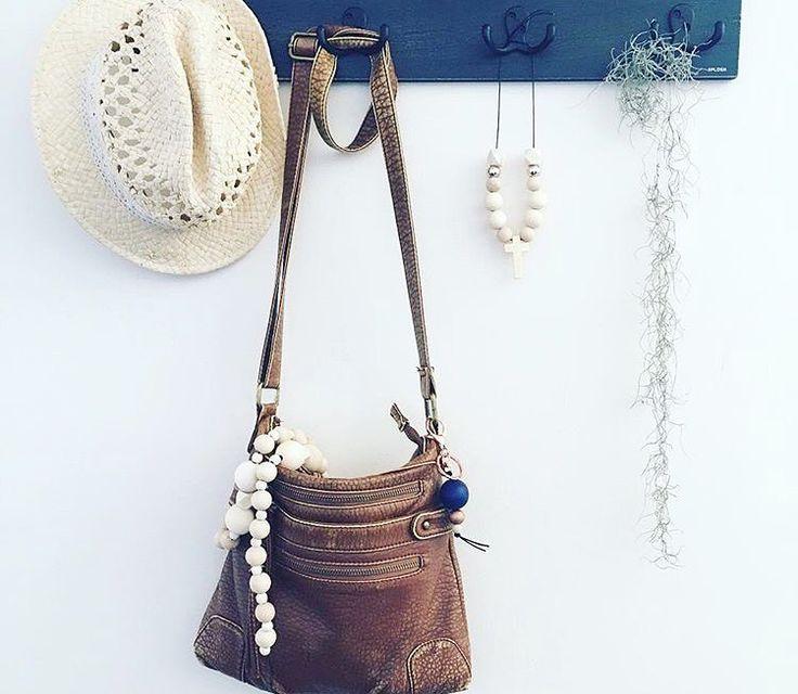 Handbags, decor, styling, wooden beads, garlands