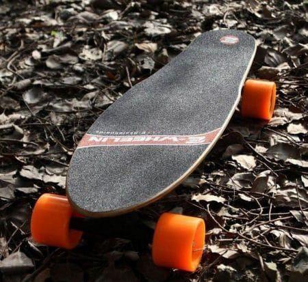 CB H4 electric skateboard with super quiet hub-motor & ergonomic remote control-Free Ship