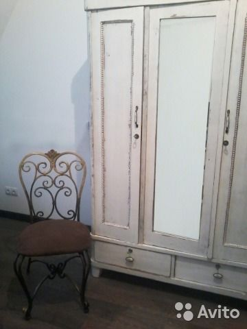 Шкаф и туалетный столик в стиле прованс