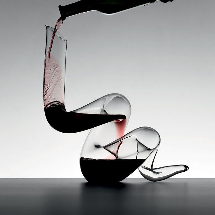 10 Unique Modern Wine Decanters // This fine crystal decanter is both functional and sculptural and would make a gorgeous art piece when not filled with wine.