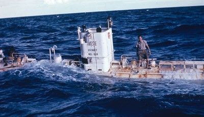 © Archives Piccard Le 23 janvier 1960, le Bathyscaphe Trieste se posait sur le fond de la Fosse des Mariannes, à 10'916m sous la surface du Pacifique. Un rêve millénaire se réalisait.