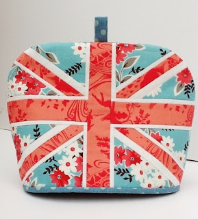 Union Jack tea cosy -- Lily's Quilts