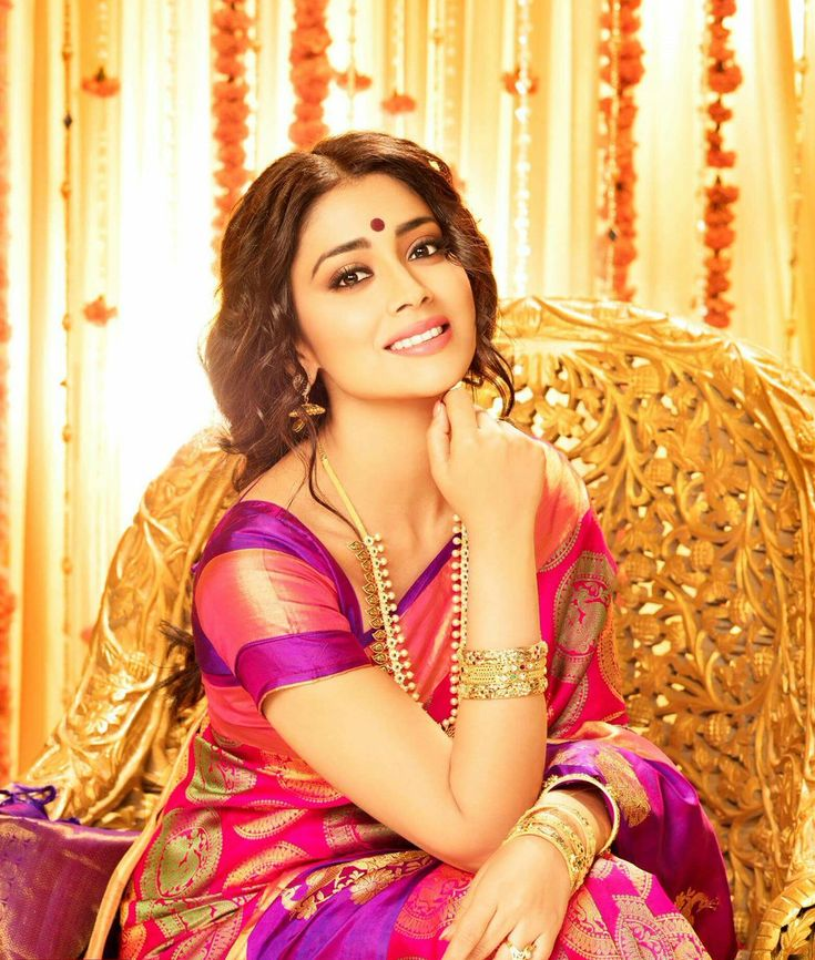 shriya saran new saree photoshoot #saree #choli # lehenga #bride #bridalfashion #bridalcollwection #shaadi #marriage #makeup #teen #hot #sexy #cleavage #body #bikini #curvy #indiangirl #girl #bolly #bollywoodactress #bollywood #hindi #india #actress #magazine  #photoshoot #photography #teen #fhm  #vogue #maxim #playboy #filmfare #cosmopolitan #femina #gq