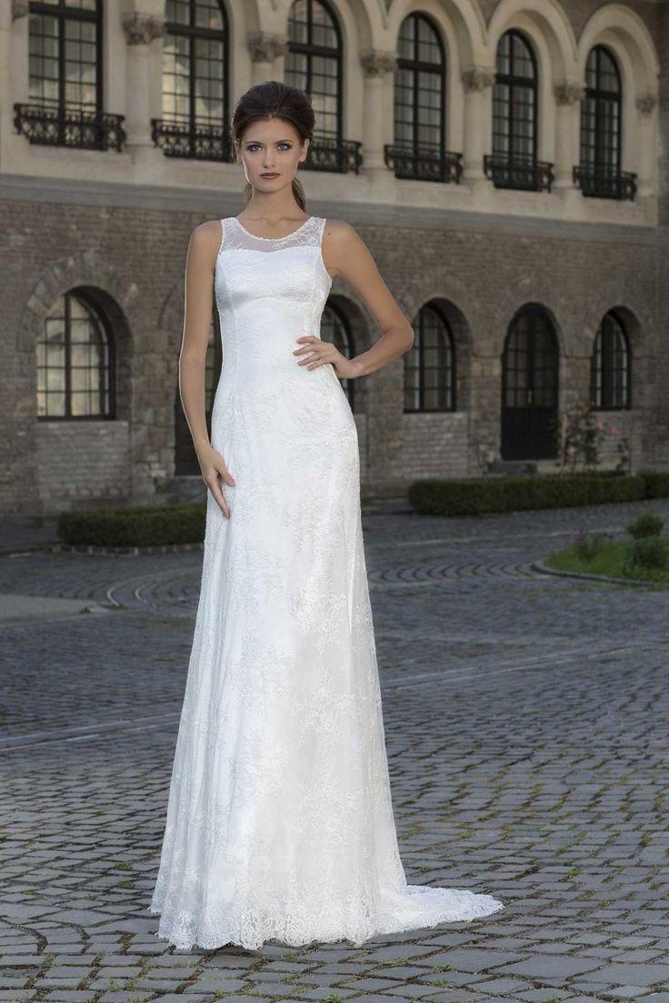 Jednoduché svadobné šaty zdobené čipkou s ramienkami