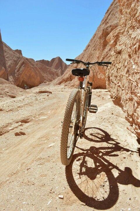 Quebrada del diablo by bike #atacama