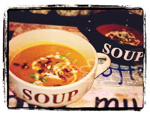 Paleo Crock Pot Creamy Butternut & Red Onion Soup |